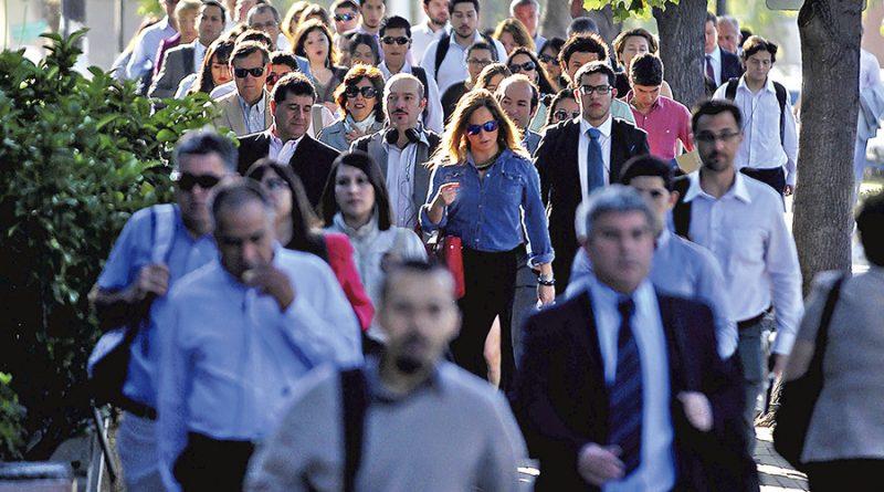17 Diciembre 2015 Gente en sector oriente de Santiago